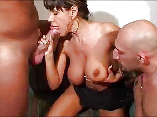 Italian Busty HOUSEWIFE In A Hot Threesome… F70