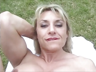 Mature Muscled With Big Clit – Outdoors