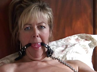 British MILF Alex Loves Sucking Cock In Stockings