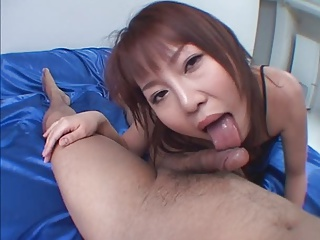 Cute Japanese Chick Love To Suck Cock DM720