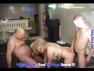 Russian Swingers – Teens And Matures Homemade Techno Party