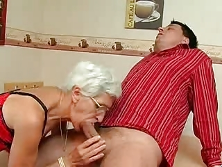 Granny Takes Her Teeth Out For A Good Suck