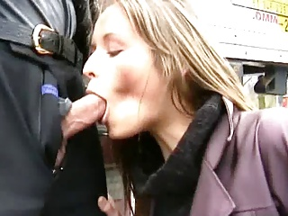 Girl Loves To Suck Cock On Public Places